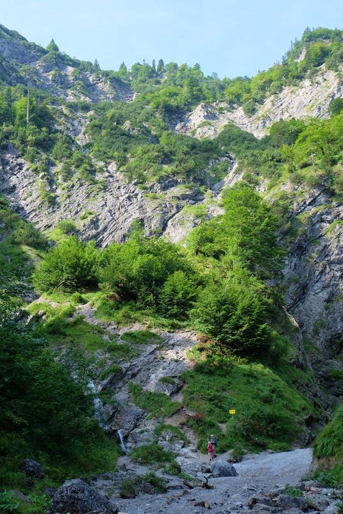 Am Talschluss der Großen Wolfsschlucht auf dem Weg zum Schildenstein | Kreuth, Bayern