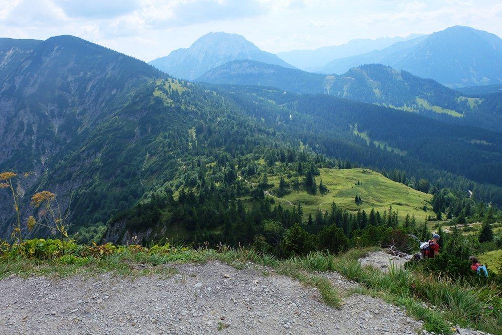 Ausblick vom Schildenstein Gipfel nach Süden | Kreuth, Bayern