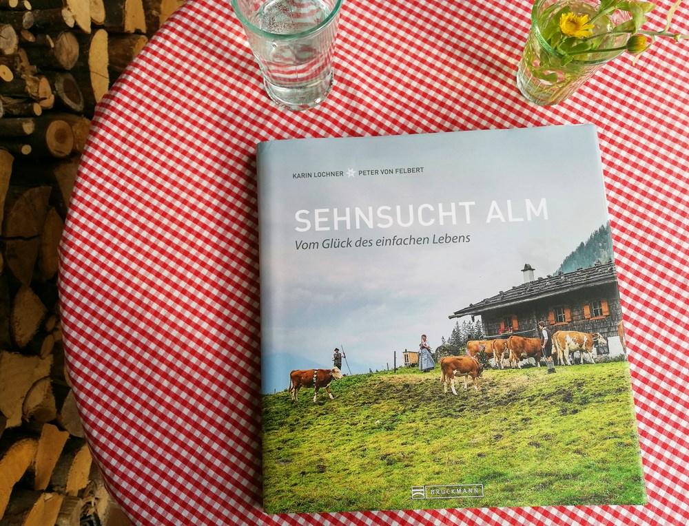 """Buchtipp: Bildband """"Sehnsucht Alm"""" – Vom Glück des einfachen Lebens"""
