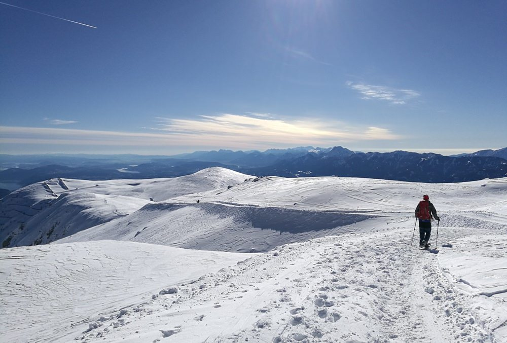 Sonniger Abstieg vom Dobratsch | Gailtaler Alpen, Österreich