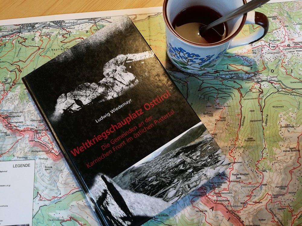 Kriegsberichte & Hüttenglück? Abends auf der Filmoor Standschützenhütte | Karnischer Höhenweg