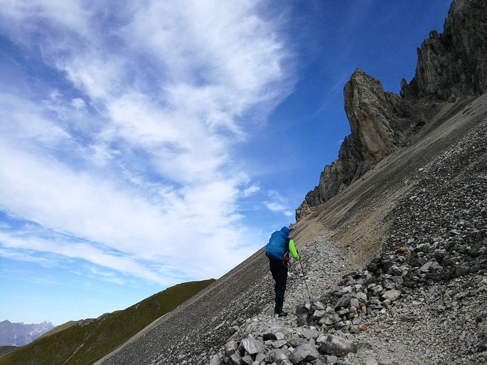 Durchs Schotterfeld auf die Große Kinigat | Karnischer Höhenweg