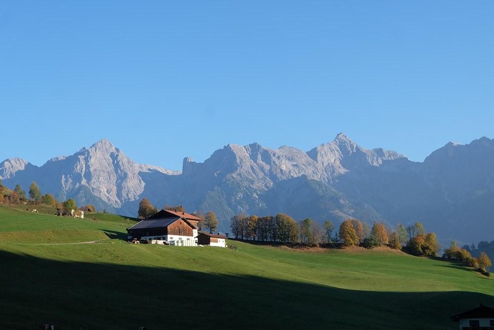 Blick nach Norden: das Steinerne Meer und der Hochkönig | Pinzgau, Österreich