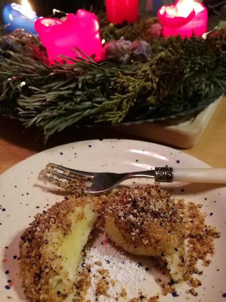 Advents-Dessert bei Alm-Weh: Topfen-Grieß-Knödel