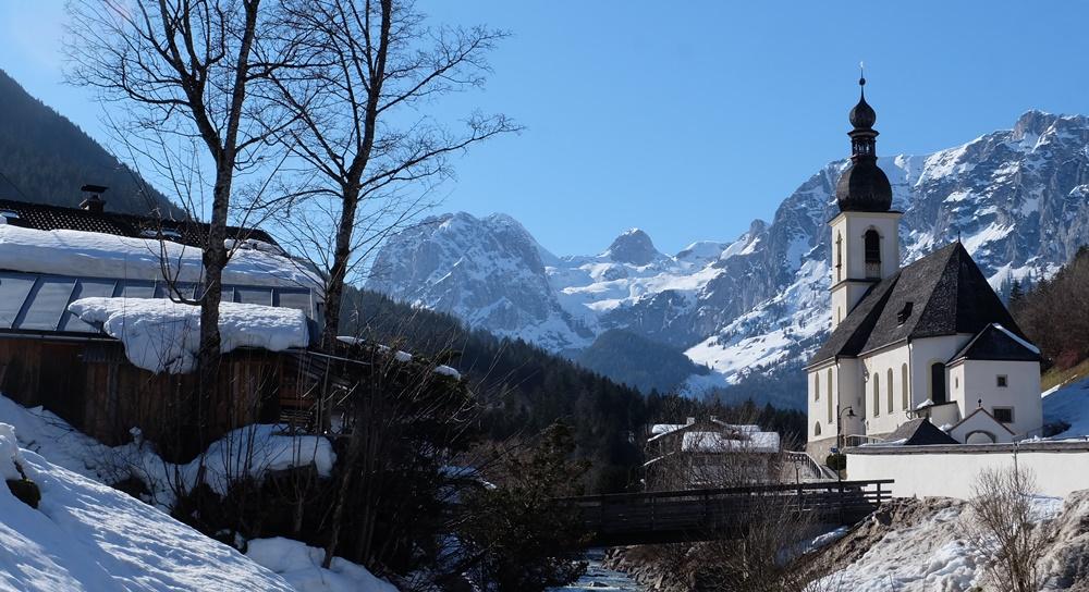 Ruhetage für Schneeschuh-Wanderer: Berghotel Rehlegg im Bergsteigerdorf Ramsau