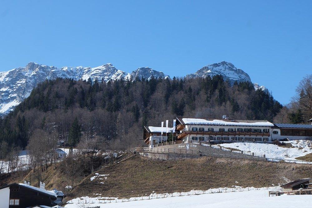 Das Hotel vor der Kulisse der Reiteralm. | Berchtesgadener Land