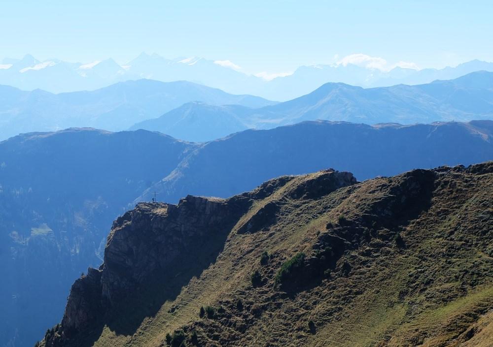 Panorama nach Süden, zum Freund auf der Hochhörndlerspitze und zu den Hohen Tauern | Tirol, Österreich
