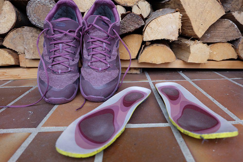 Zeit zum Schuhe Lüften - Zwischensohle entfernt beim Keen Terradora Schuhe