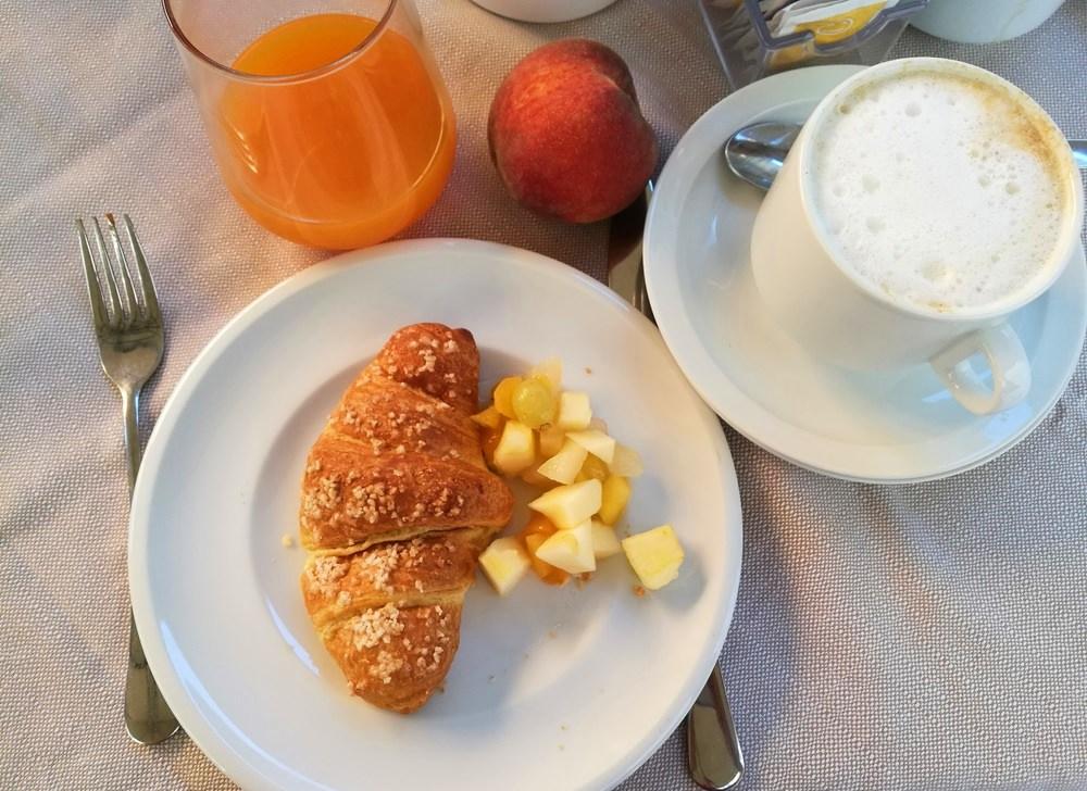 Frühstück im Hotel Rosa in Baveno