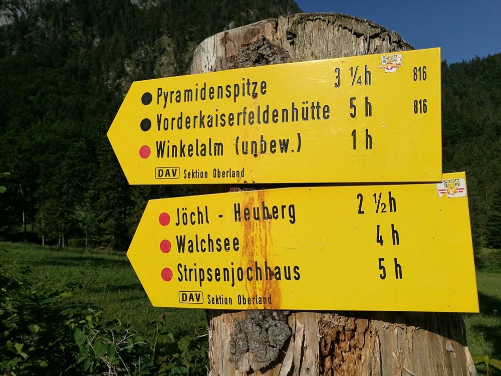 Wegweiser zur Pyramidenspitze | Tirol, Österreich