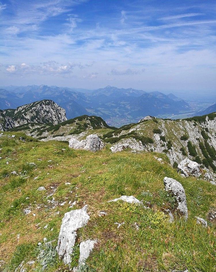 Am Gipfelplateau der Pyramidenspitze im Zahmen Kaiser | Tirol, Österreich