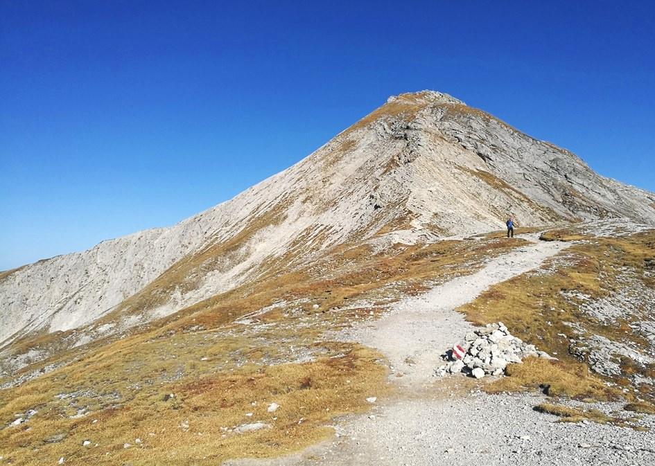 Akarscharte und Steirische Kalkspitze