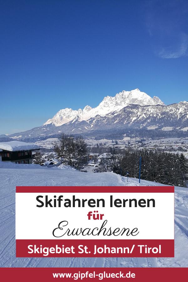 Skifahren im Skigebiet st johann in Tirol Österreich