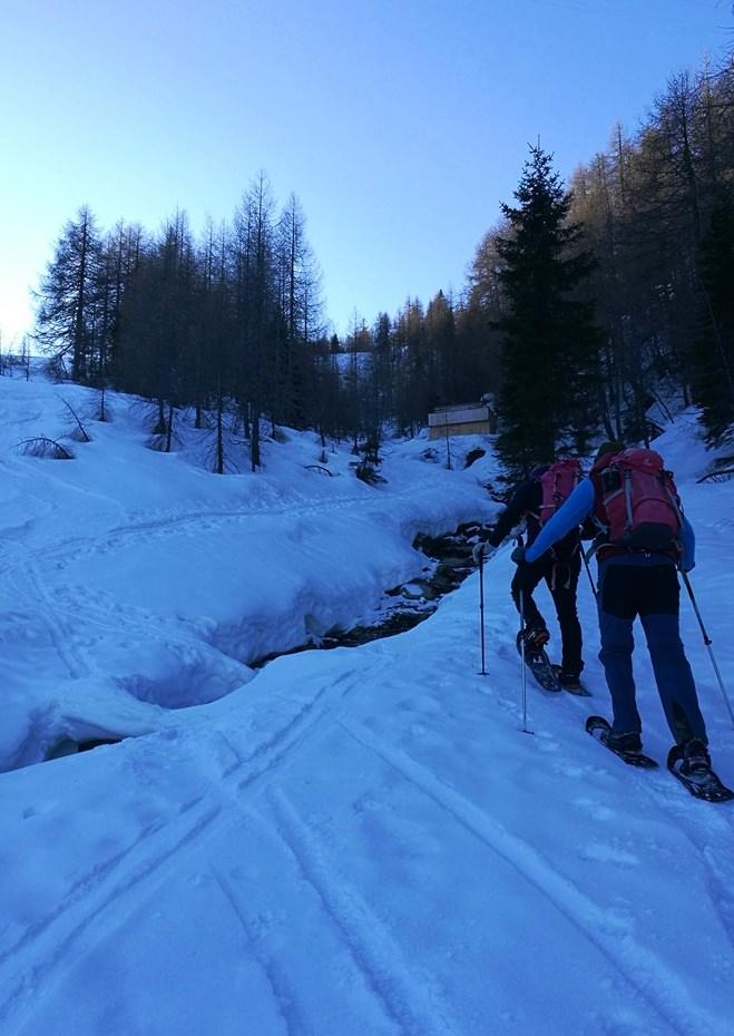 Immer dem Bergführer nach, Richtung Goldeck Gipfel.