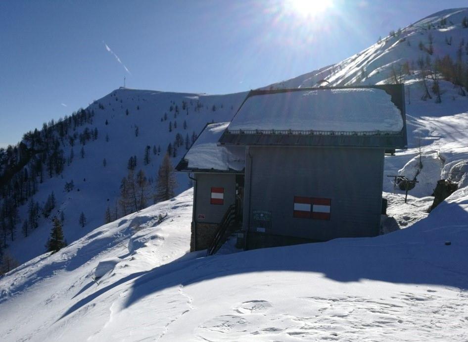 Goldeck Hütte im Winterschlaf
