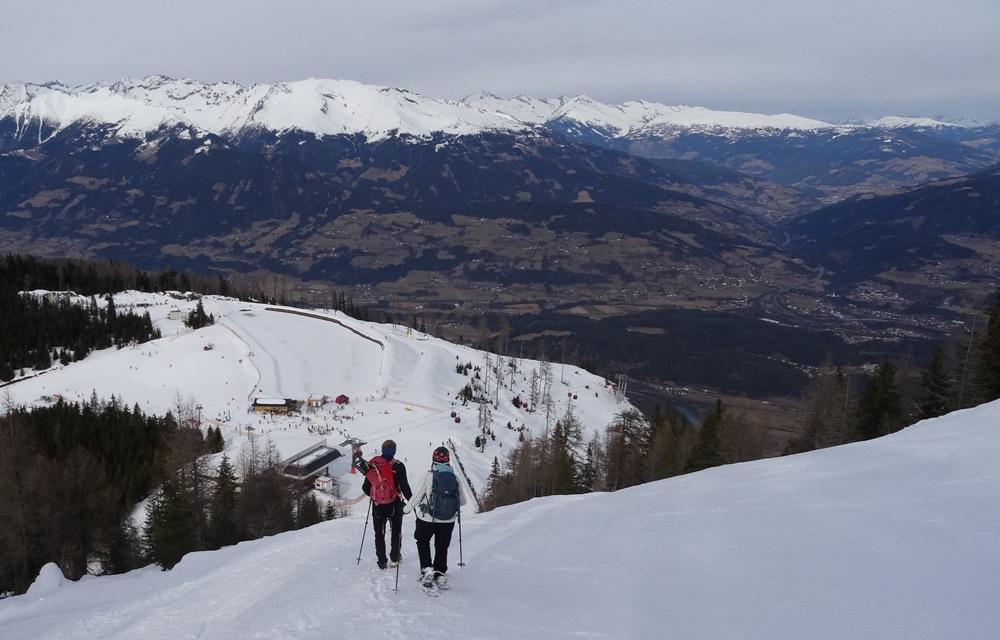 Abstieg über die Skipiste