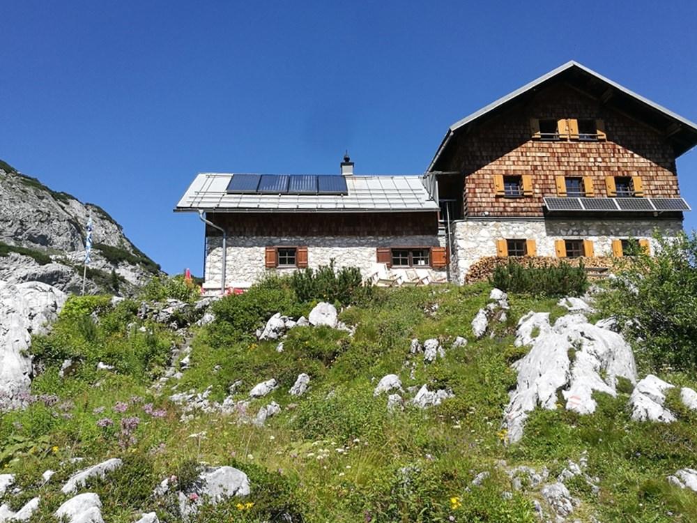 Laufener Hütte im Tennengebirge