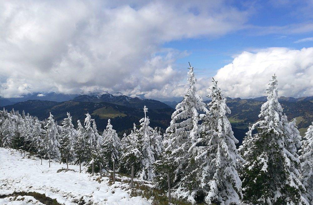 Winterlicher Ausblick am Riedberger Horn