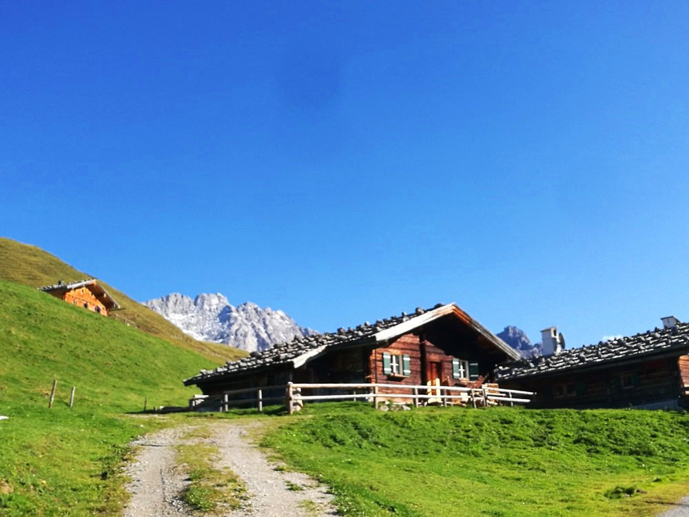 Almhütte auf der Kallbrunnalm, Berchtesgadener Alpen