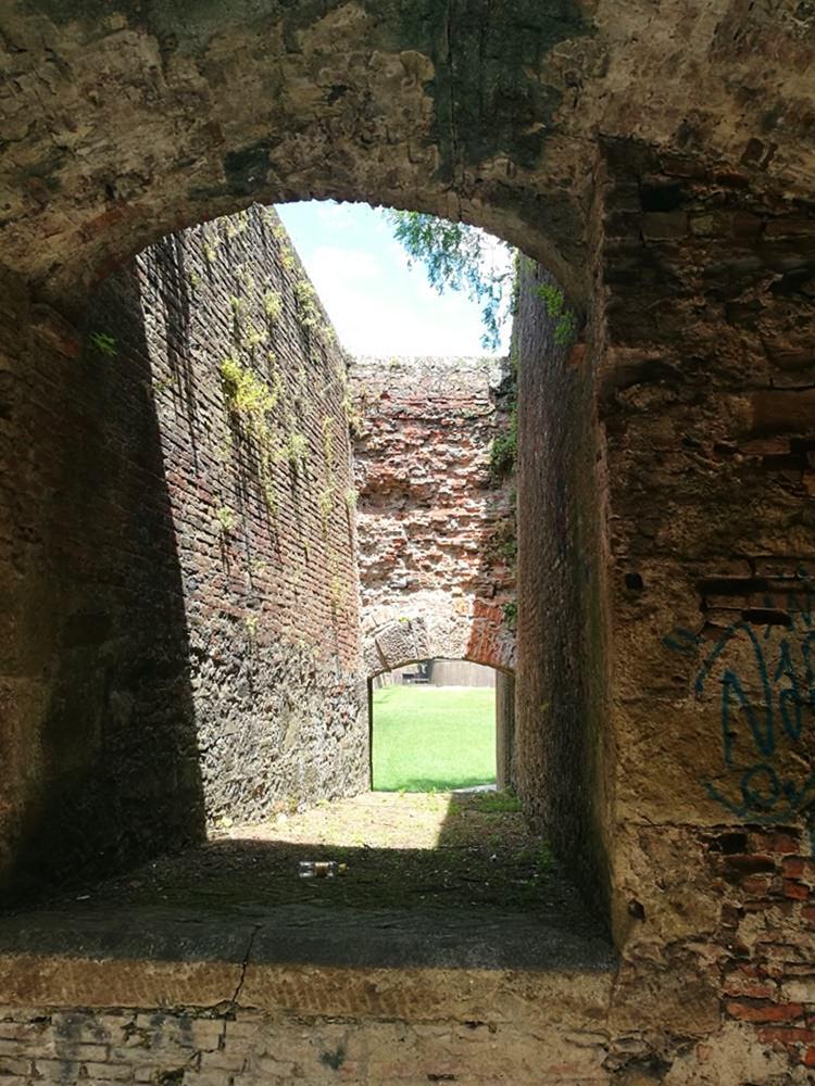 Geocachen an der Stadtmauer von Lucca