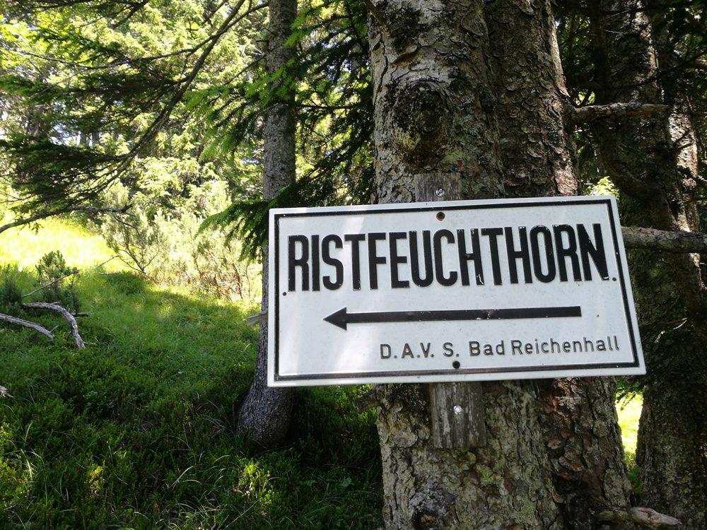 Wegweiser zum Ristfeuchthorn